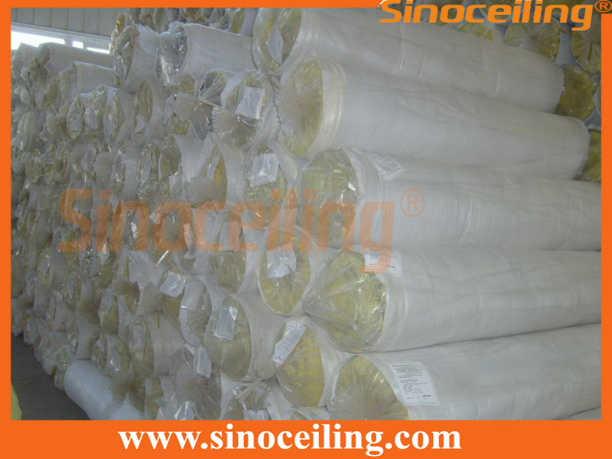 packing of glasswool in roll
